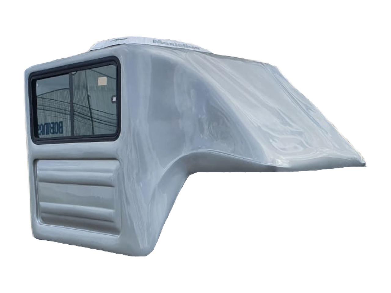 Capota de Fibra Nova Baú com 90 cm Mais Alta que o Teto do Veículo e com 2 Portas Elevadas ao Teto da Capota para Fiat Strada Cabine Simples ano 2021