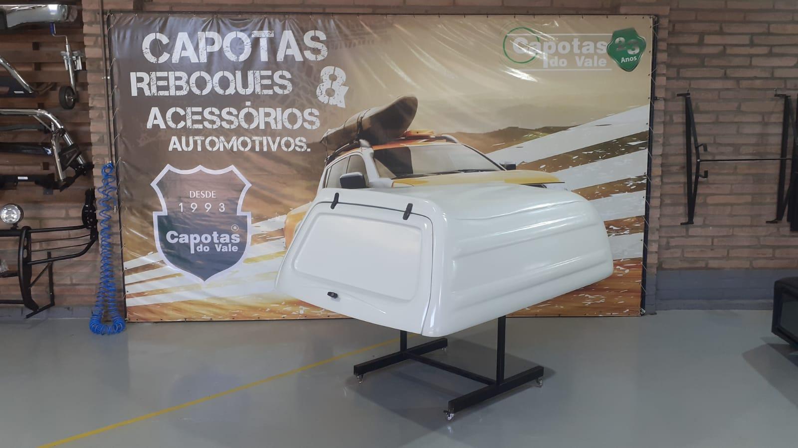 8665 - Capota de Fibra Usada Fechada para Volkswagen Saveiro G5/G6 e Robust Cabine Simples (Branca)