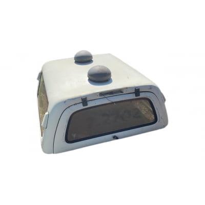 8265 - Capota de Fibra Seminova S10 C/D com Vidros Fixos, Ventosas e Exaustores (Branca)
